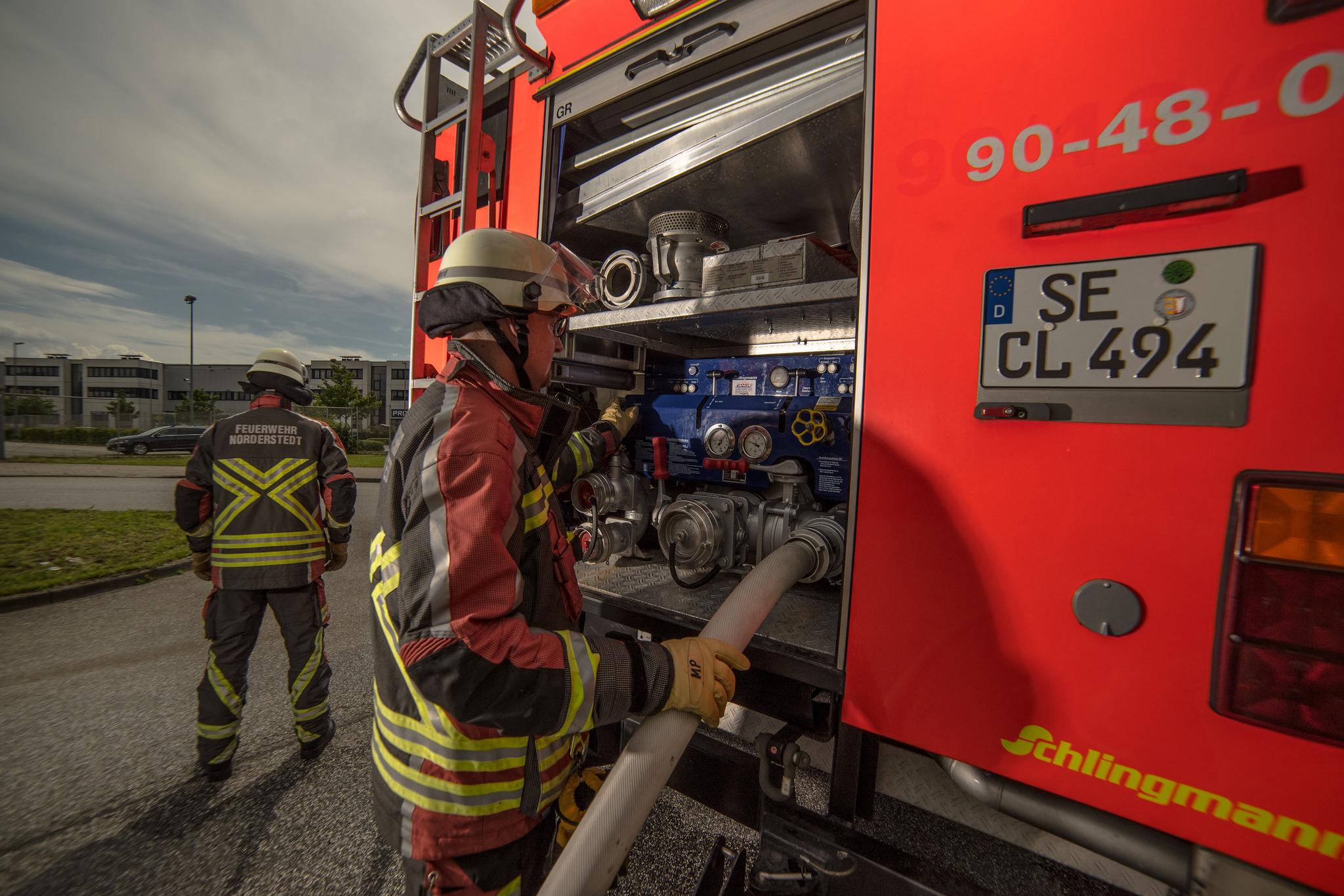 3 Brandeinsatz Feuerwehr Norderstedt